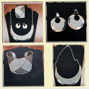 Jewelry - Stainless steel 3pc jewelry set